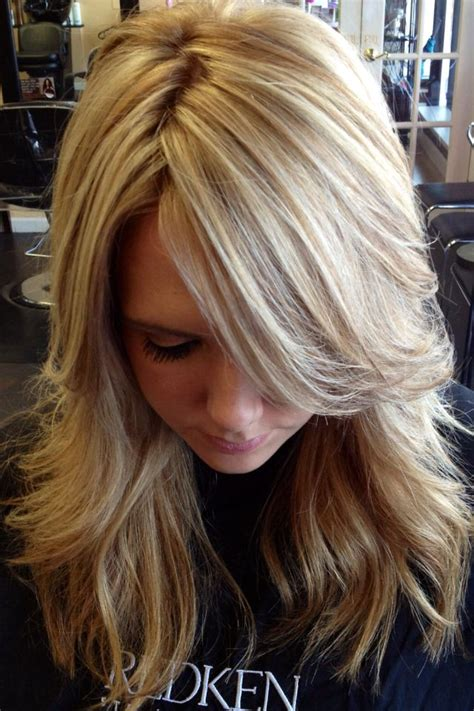 blonde hairstyles colors highlights pretty blonde highlights cabellos lisos ondulados y