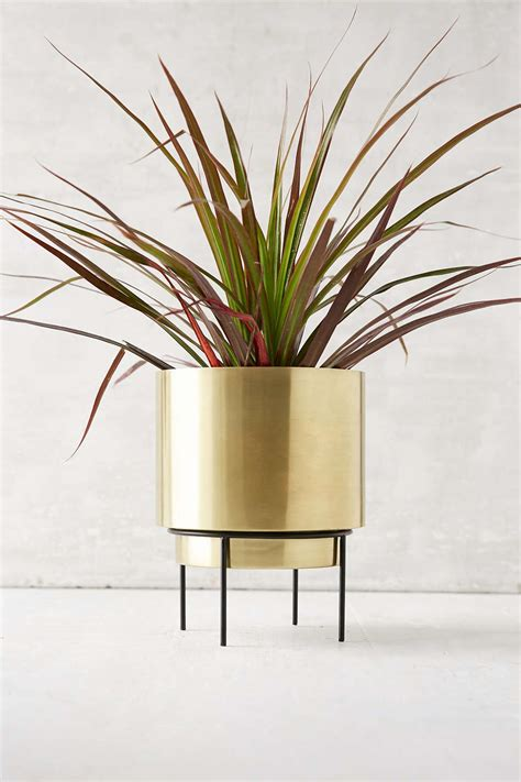 Modern Metal Planters by Modern Metal Planter From Outfitters Decoist