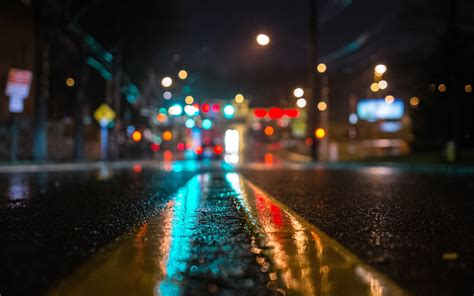 hd photography wallpaper road in the dark city photography hd wallpaper 1920 215 1200