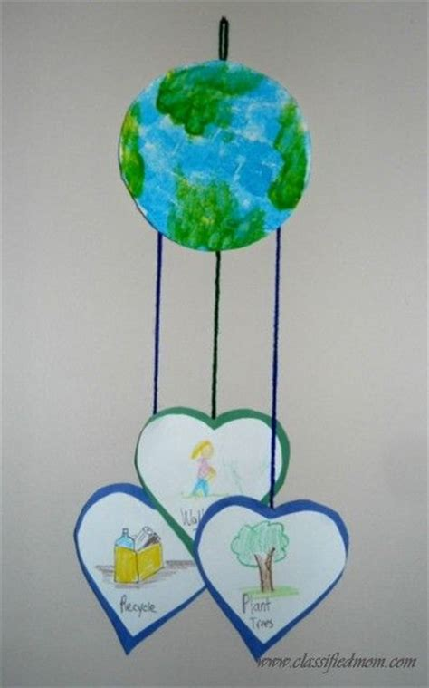 the world crafts for 25 best ideas about earth day crafts on earth