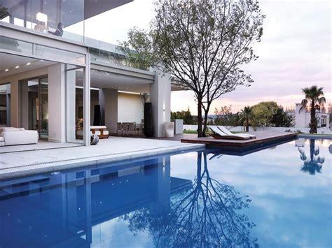 modern residence  johannesburg  bold architecture