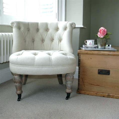 chairs extraordinary bedroom accent chairs occasional bedroom accent chairs ianwalksamerica com