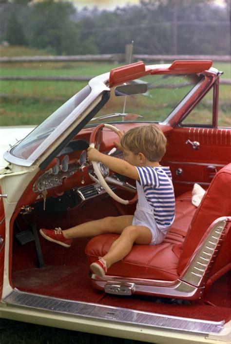 Celana 31 34 Day Light labor day weekend at hyannis port president kennedy watches caroline kennedy cbk f