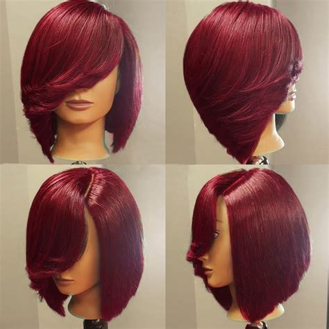 inverted triangle center part hair deep side upward part straight short inverted bob