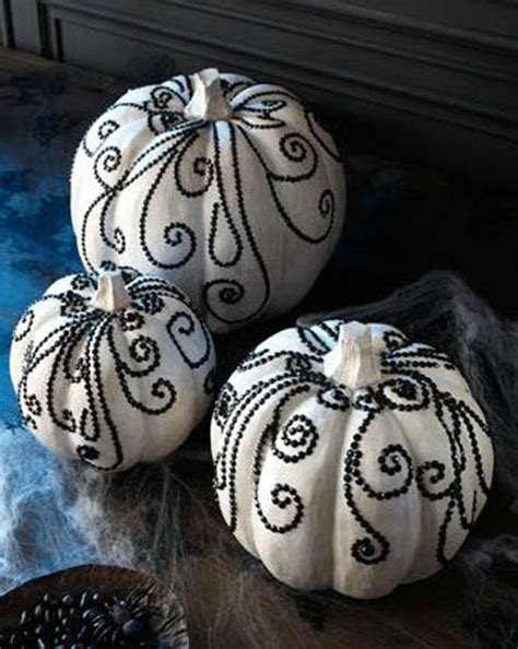 black and white pumpkins pumpkin decorating ideas without all the carving
