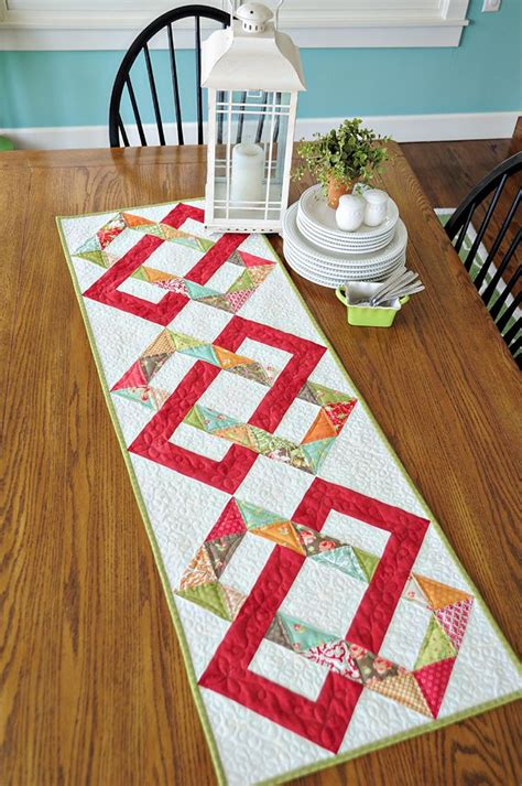 Patchwork Table Runner Pattern - 1187 best images about quilts table runners wall hangings