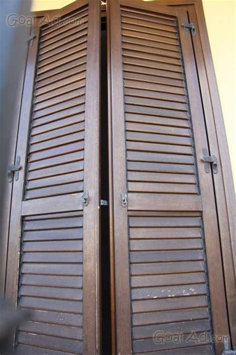 persiane legno usate persiane usate in alluminio accogliente casa di cagna