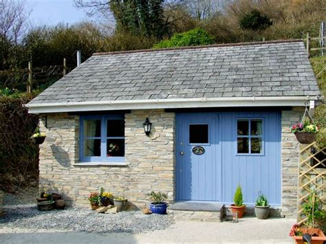 large cottages cornwall kingfisher cottage pentewan levalsa meor cornwall