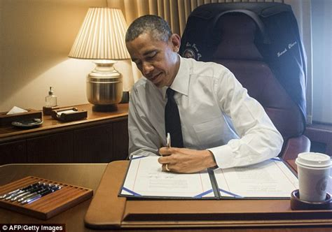 Topi Trucket Freedom Usa Co barack obama signs usa freedom act to rein in nsa surveillance powers daily mail