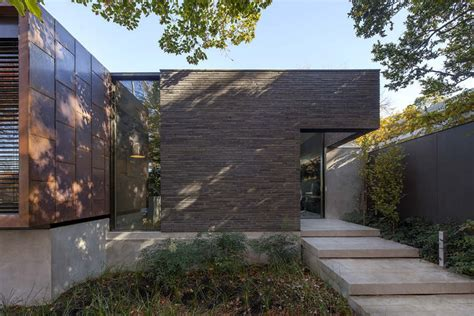 Laurel House by Laurel House Neil Architecture