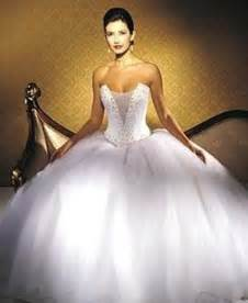Ball Gown Wedding Dresses Huge Ball Gown Wedding Dress Sang Maestro