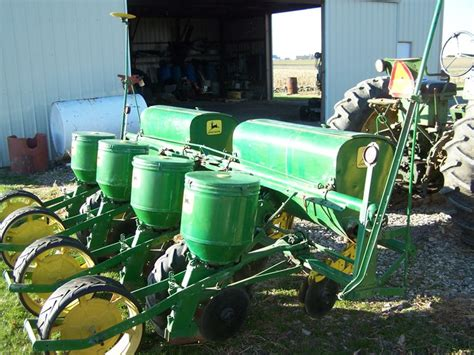 Deere 494 Planter by Deere 1240 494 Planter 2012 12 20 Tractor Shed