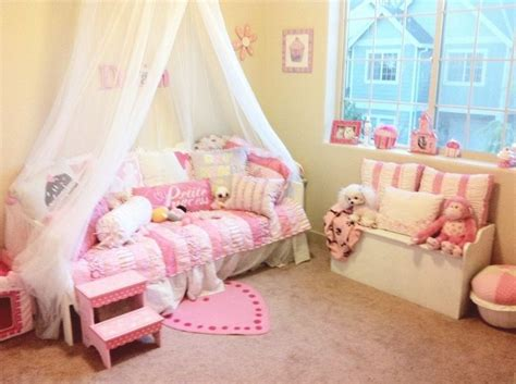 princess theme bedroom best 25 princess theme bedroom ideas on pinterest