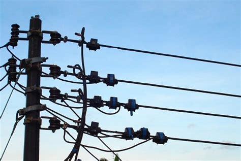 Kabel Listrik wah warga pekalongan tunggak tagihan listrik rp668 juta