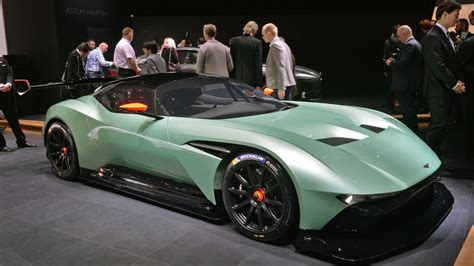 Aston Martin Vulcan Hp by 800 Hp Aston Martin Vulcan Will Live And Prosper