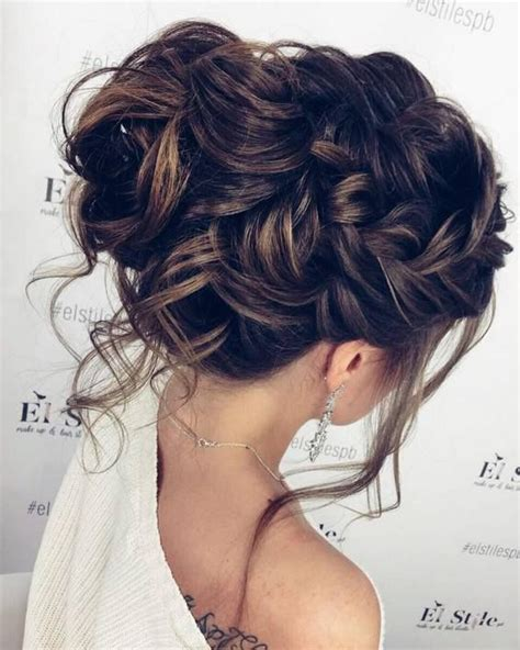 Wedding Hairstyles Side Bridesmaid by Best 25 Formal Updo Ideas On Bridesmaid Hair
