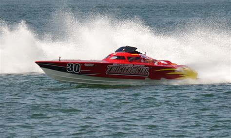 clearwater boat races super boat races at clearwater beach