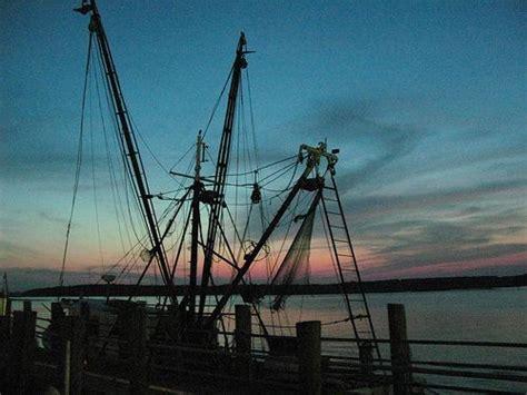 shrimp boat hilton head 9 best hilton head home images on pinterest hilton