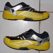 Kaos Biru Dongker Yonex toko jual sepatu bulutangkis badminton tenis kaos