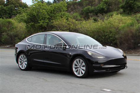 Tesla Model 7 Tesla Model 3 Foto Spia 7 Aprile 2017 2 9