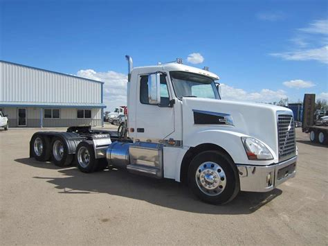 volvo semi 2008 volvo vt64t800 day cab semi truck for sale 390 000