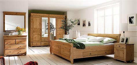 schlafzimmer kiefer schlafzimmer aus massiver kiefer gefertigt verschiedene