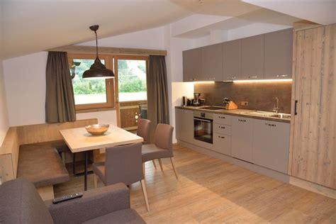 moderne wohnküche nauhuri wohnk 252 che landhaus modern neuesten design
