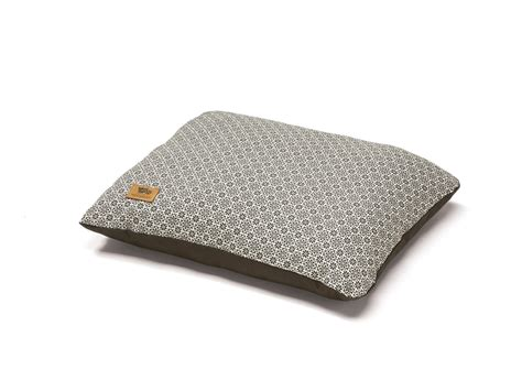 west paw dog beds west paw pillow bed with hemp west paw design