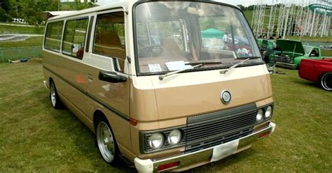 old nissan van nissan urvan caravan e23 old van pictures pinterest