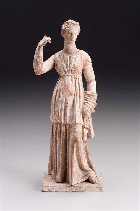 ancient greek woman sculpture 1000 images about women in ancient greek art on pinterest