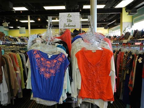 What Of Clothes Does Platos Closet Accept by Business Spotlight Plato S Closet Paoli Shoppes