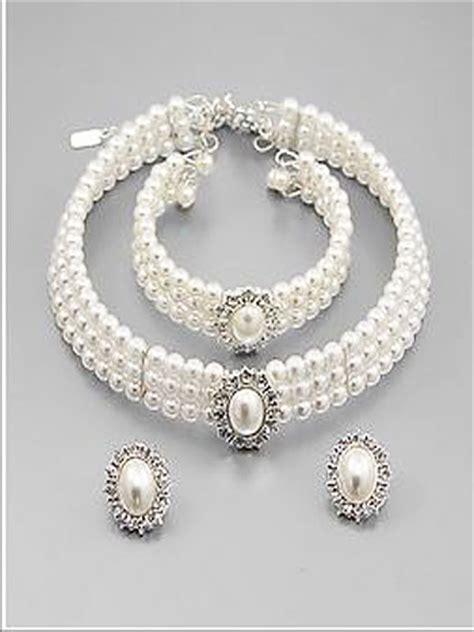White Pearl Rhinestone Bridal Set Vintage Inspired Wedding Jewelry   Blue Velvet Vintage