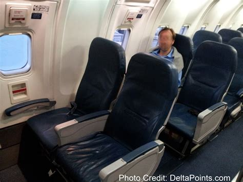 american airlines comfort seats rookie wednesday watch your delta seats like a hawk 6 5