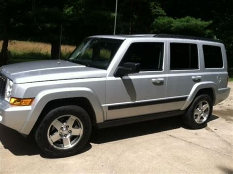 2009 Jeep Commander Sport Sell Used 2009 Jeep Commander Sport 4x4 In Exceptional