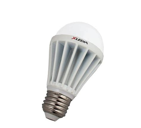 light bulbs for enclosed fixtures xledia x100n 100 equal a19 led for fully enclosed