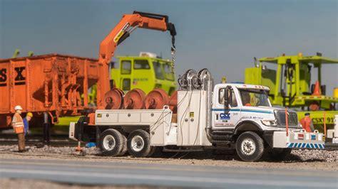 csx transportation international  wheel change  truck  jesse weigand