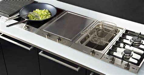 table de cuisson induction mixte guide d achat table de cuisson darty vous