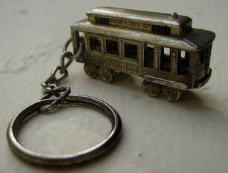 Gantungan Kunci Unik Terminal Listrik gantungan kunci miniatur kereta listrik powell hyde sts san francisco