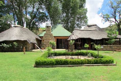 Self Catering Country Cottages by The Barbet Country Cottages Clarens Accommodation