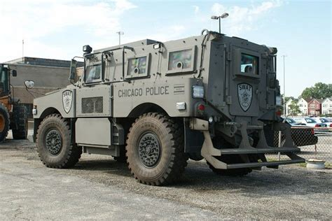swat vehicles chicago pd swat truck military pinterest swat