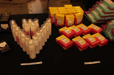Serum Wajah Lbc shoppinkboxcereal emergency kit pertama di malaysia leya