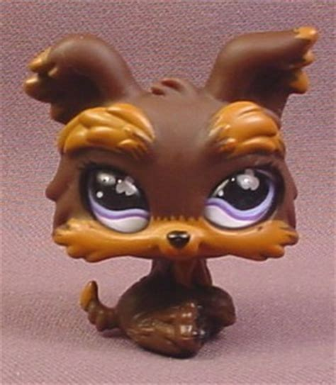 littlest pet shop yorkie littlest pet shop 509 brown yorkie terrier puppy with purple