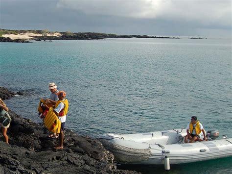 galapagos catamaran reviews treasure of galapagos small first class cruise