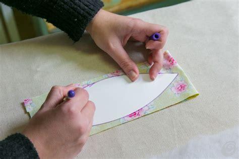 come fare fiori in tessuto il tutorial per il tulipano in tessuto casa e trend
