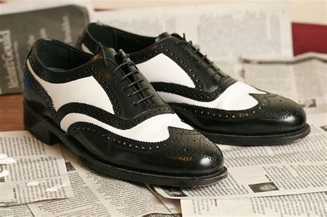 painting leather shoes or other leather stuff 3 steps