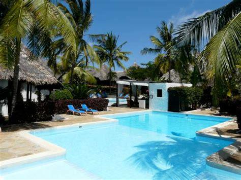 dorado cottage kenya dorado cottage resort atlantis club kenya malindi yalla