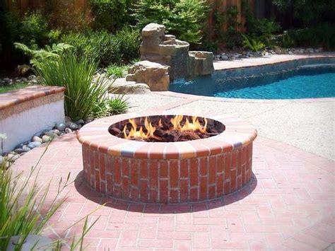 Brick Fire Pit Daffodil Pinterest Brick Firepits