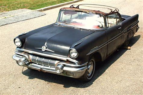 57 pontiac chief in the 1957 pontiac chief
