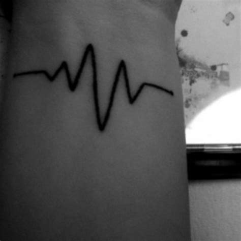 heart monitor tattoo designs 25 best ideas about rate on