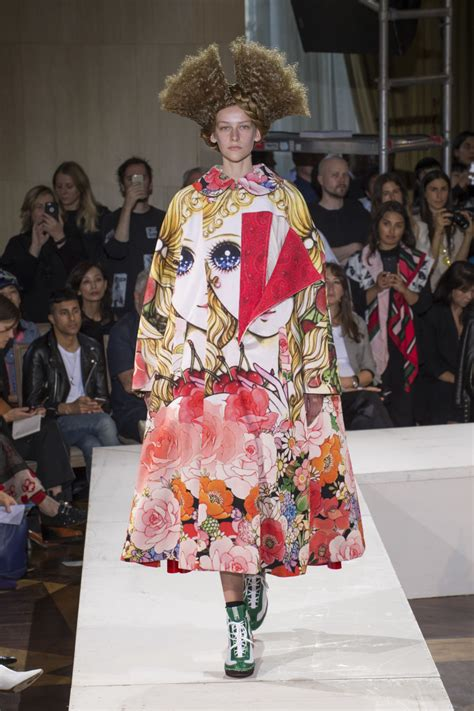 In The Of The Reviewer Comme Des Garcons by A Of Fashion Comes Alive At Comme Des
